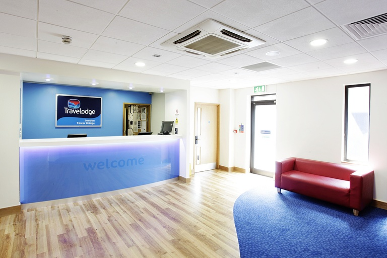 Travelodge Reception.jpg